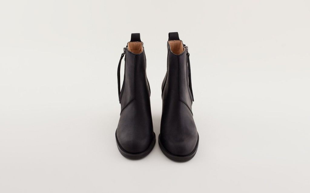 ss130124-acne-pistol-ankle-boots-black-3