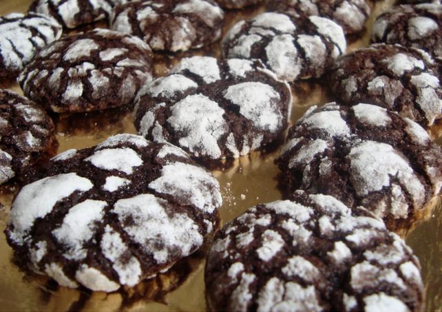 chocolate-crinkle-cookies-zachte-chocoladekoekjes-recept
