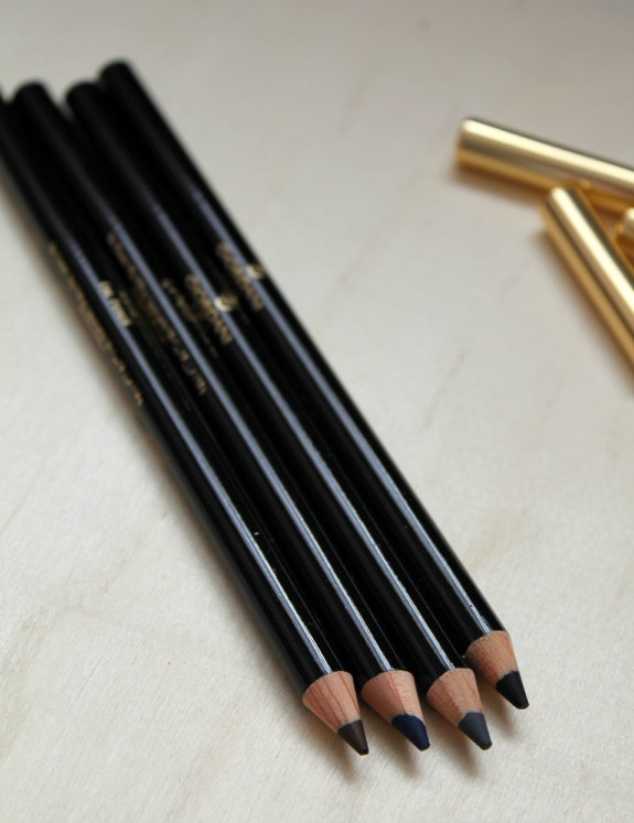 oriflame-giordani-gold-review-eye-pencils-oogpotlood