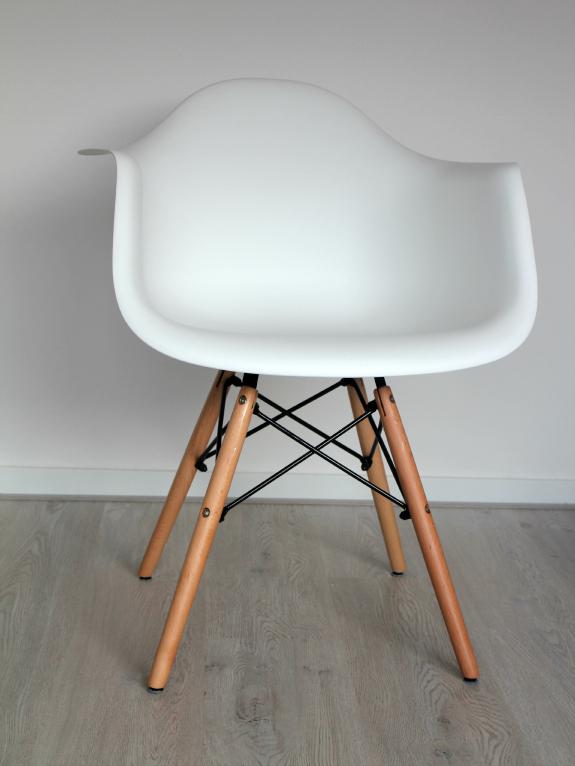 daw-replica-stoel