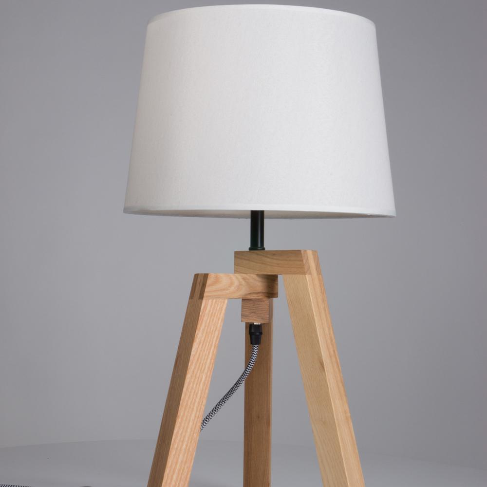 Design verlichting boven eettafel philips introduceert de philips hue beyond hang een paar van - Houten lamp vloot huis van de wereld ...
