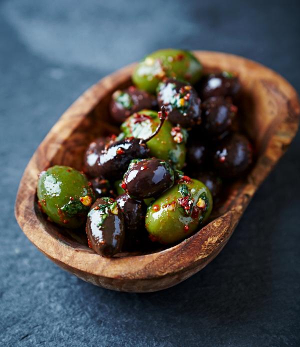 gezonde-makkelijke-snacks-olijven