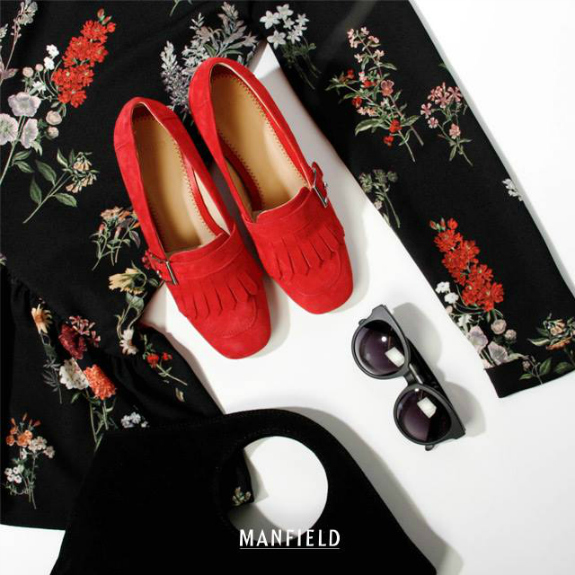 manfield-outfit