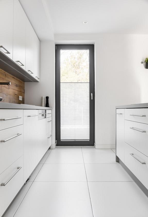 minimalistisch-witte-keuken