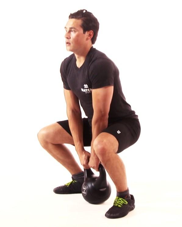 Kettlebell squat - Matchu Sports 2