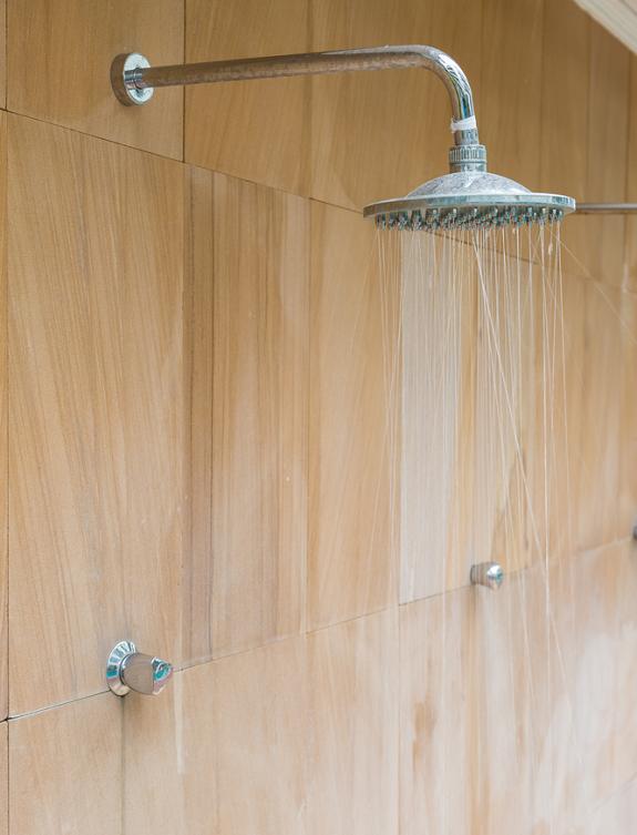 regendouche-relaxen-badkamer