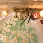 5 tips om heerlijk te ontspannen in de badkamer