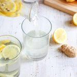 Redenen om elke ochtend citroenwater te drinken